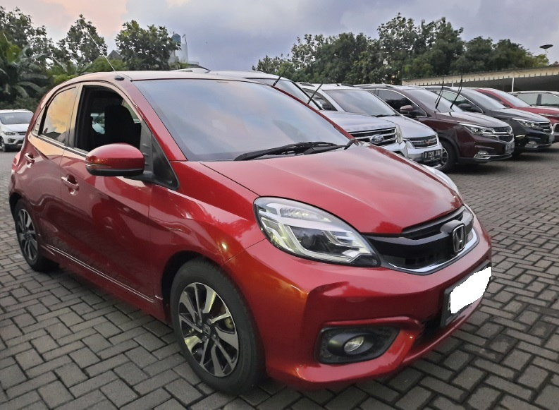 Honda Brio cash & credit